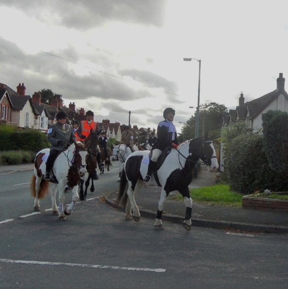 Sheriff's Ride passing the pinfold, 2013