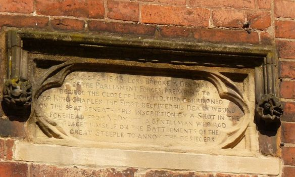Photograph of plaque commemorating the death of Parliamentary general Lord Brooke in Lichfield in March 1643. Photograph by JRPG, taken from Wikipedia