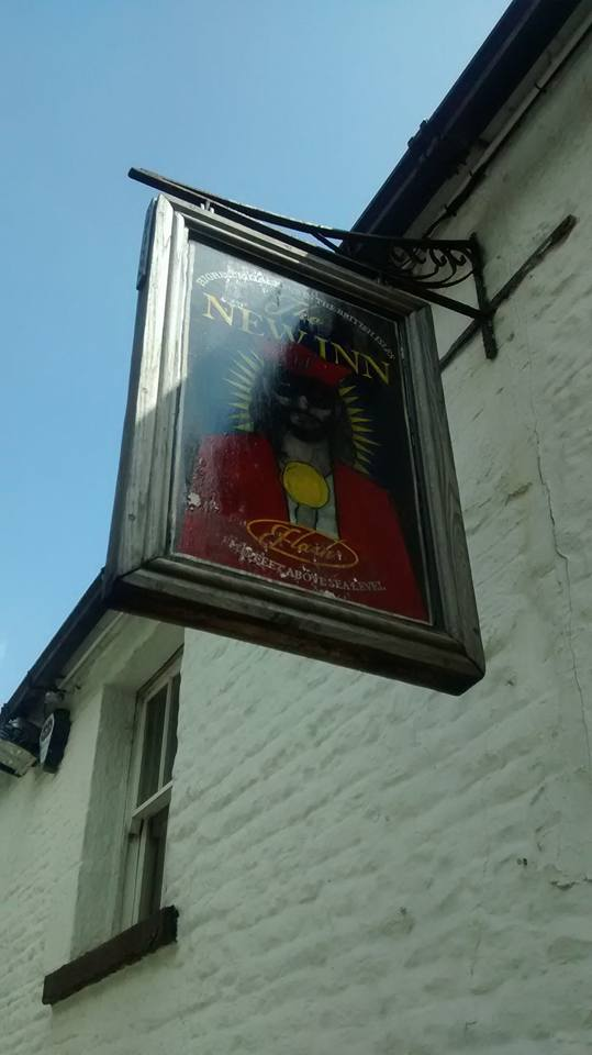 Flash pub sign