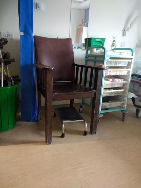 Old vic chair Samuel Johnson Community Hospital.jpg